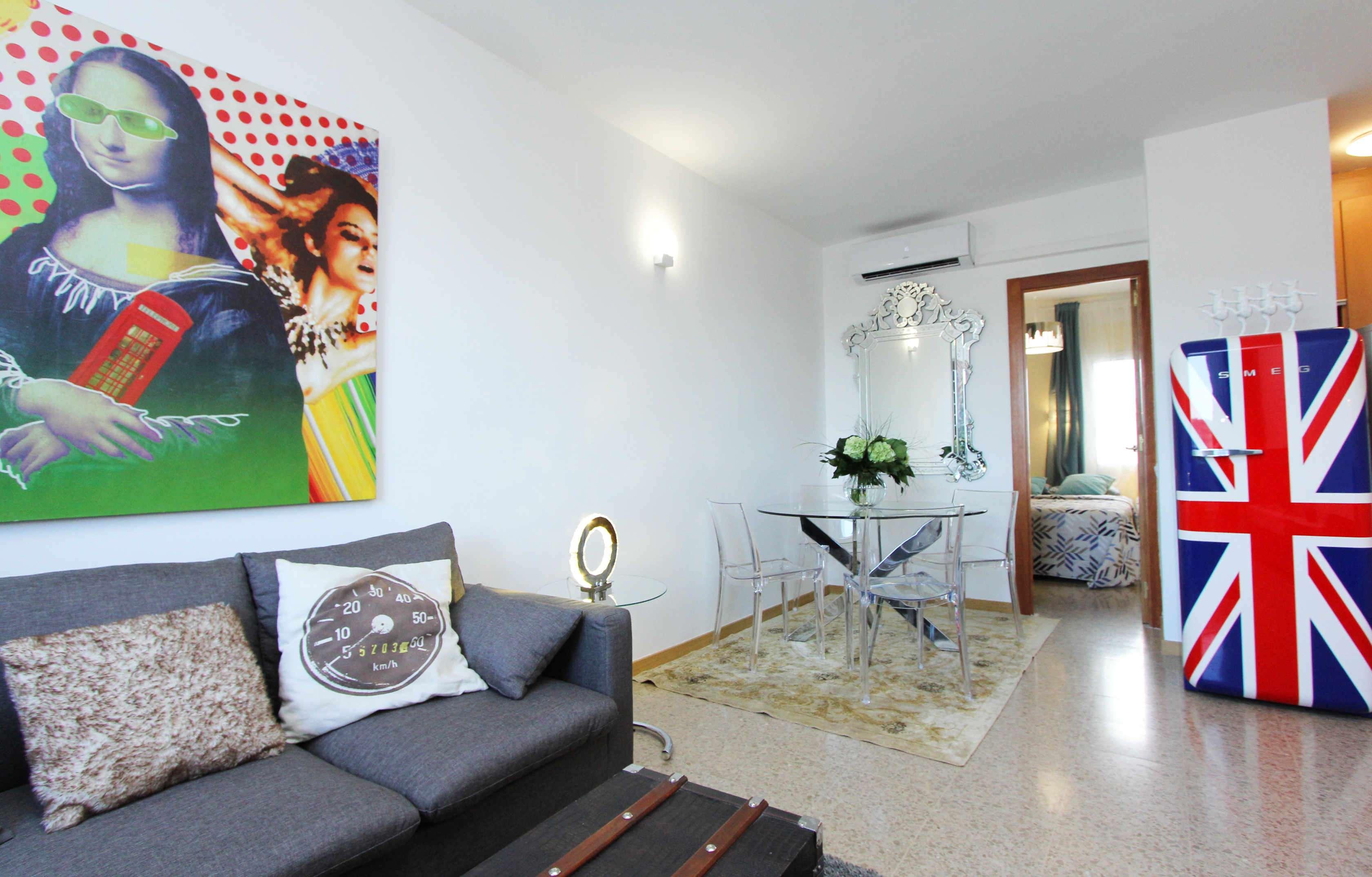 Atico de diseño con terraza en Calle Corsega