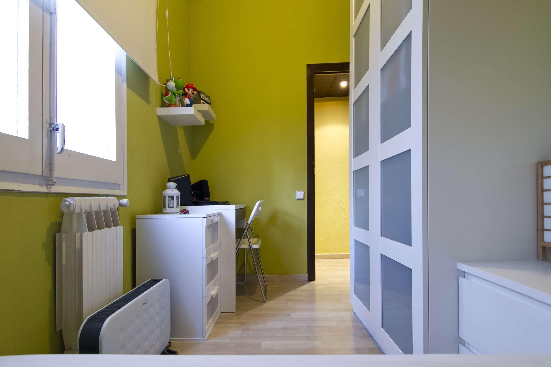 Piso de 4 habitaciones cerca del Camp Nou