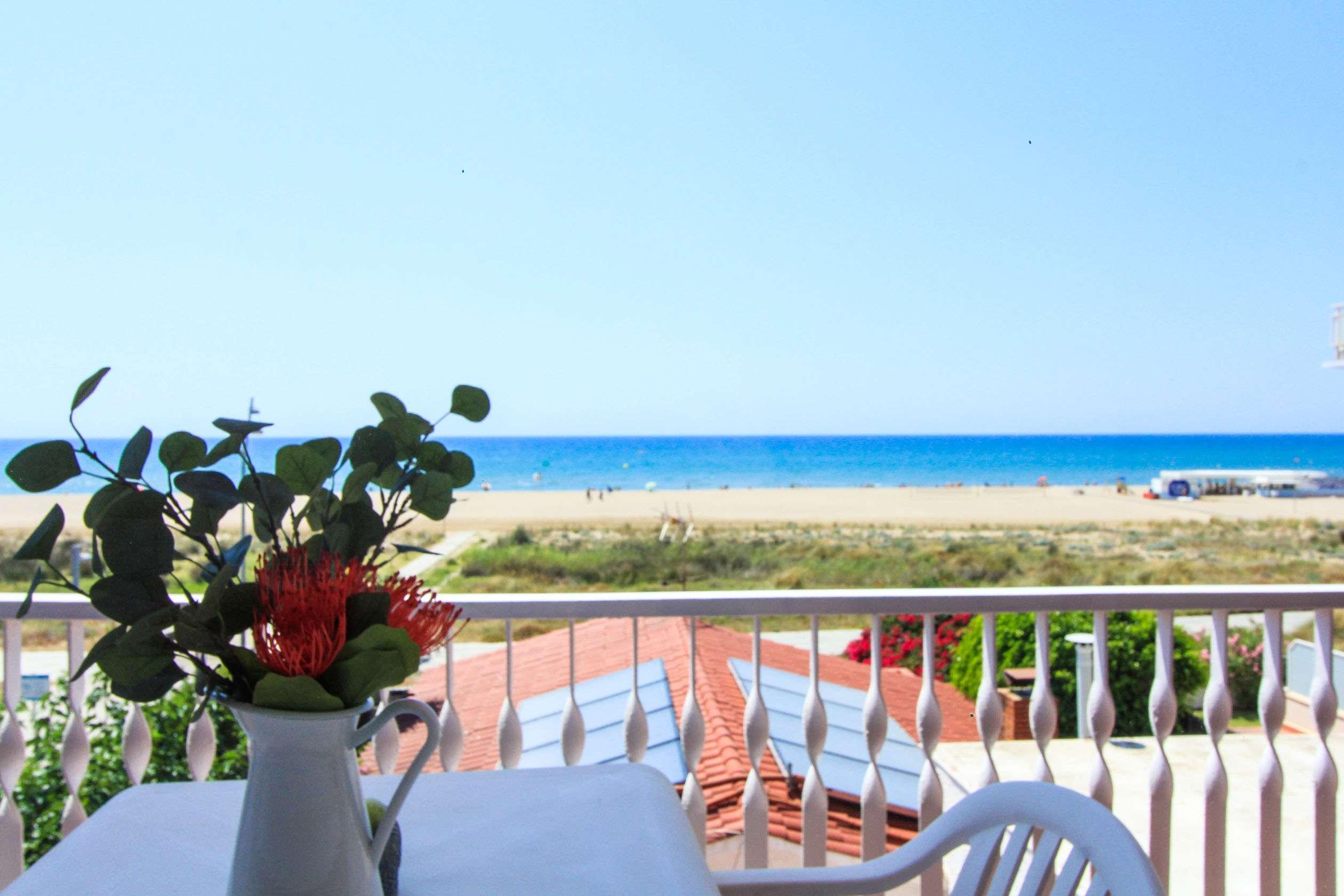 Apartamento con vista mar 6pax Castelldefels