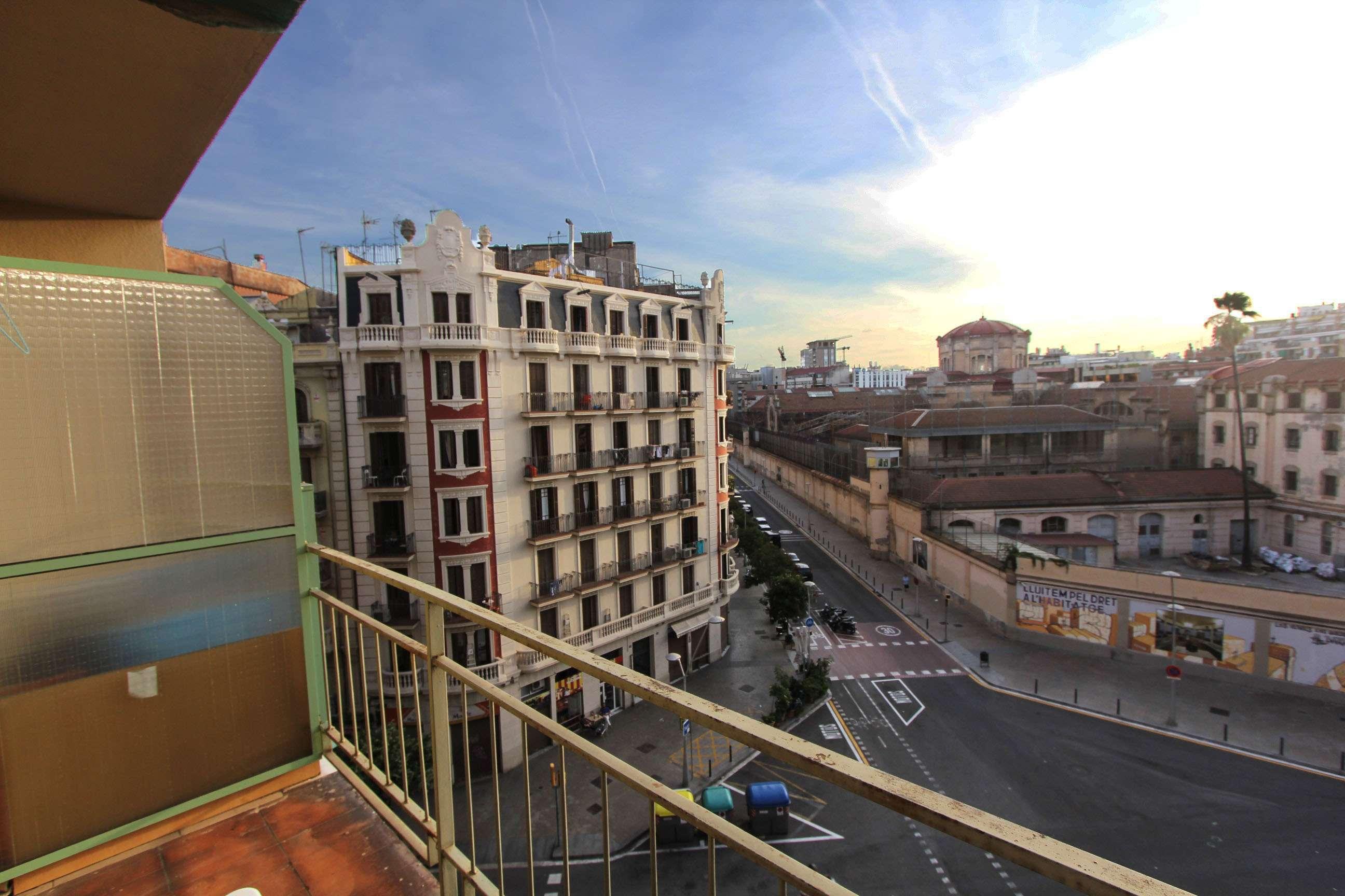 Piso a reformar en Calle Provença