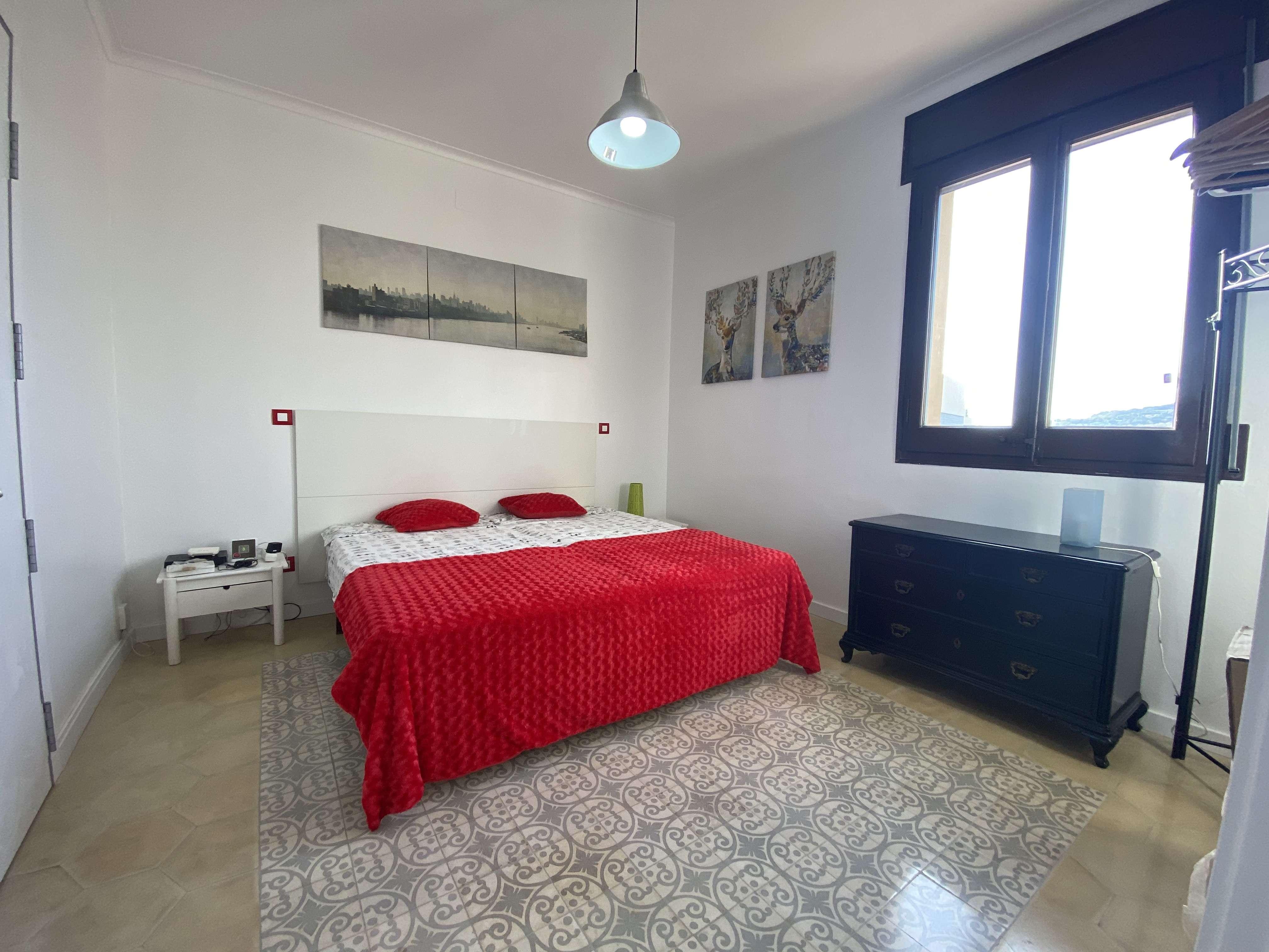 Moderno piso en Plaza Cataluña