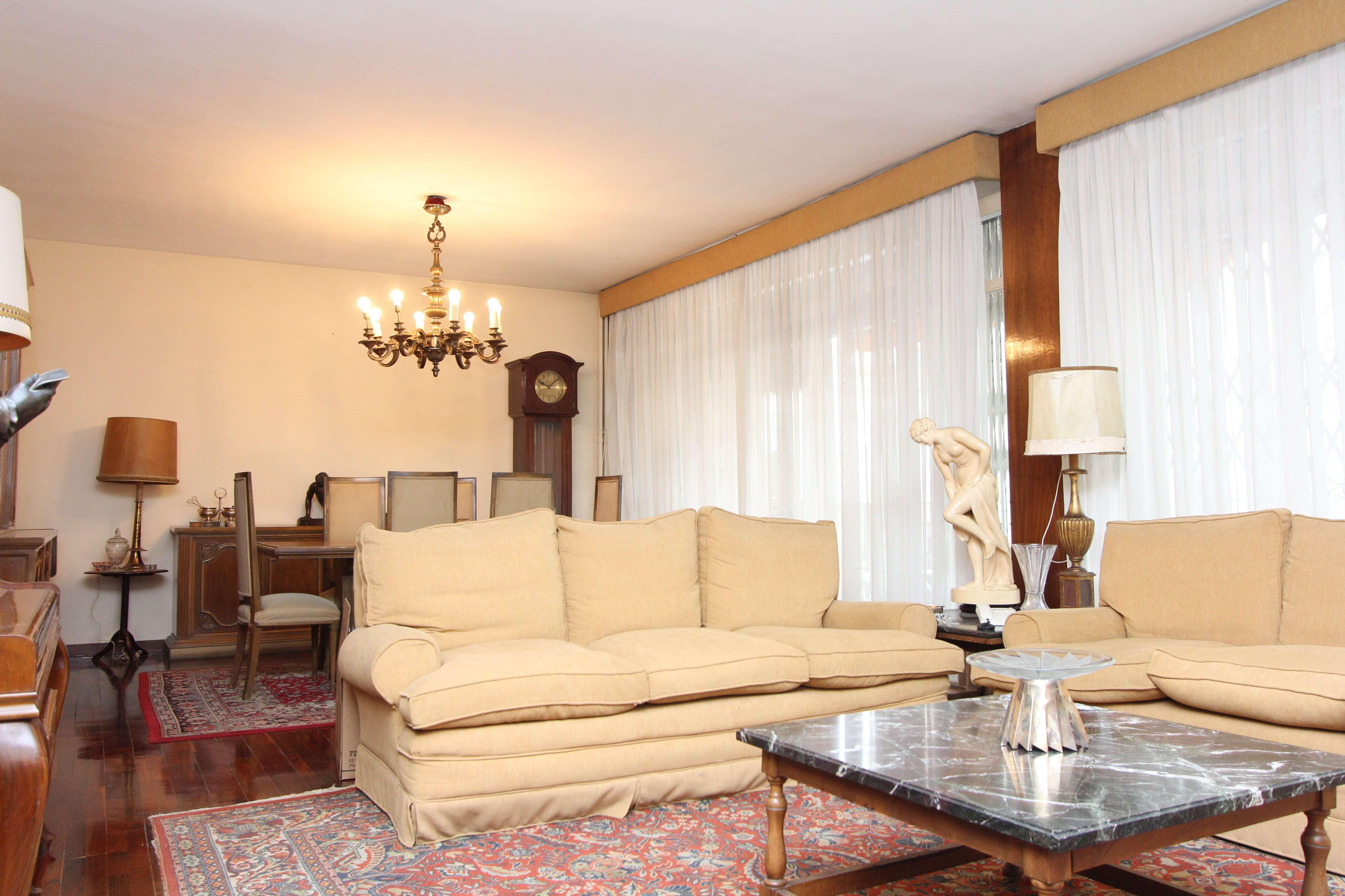 Espectacular piso de 5 hab en Turó Park