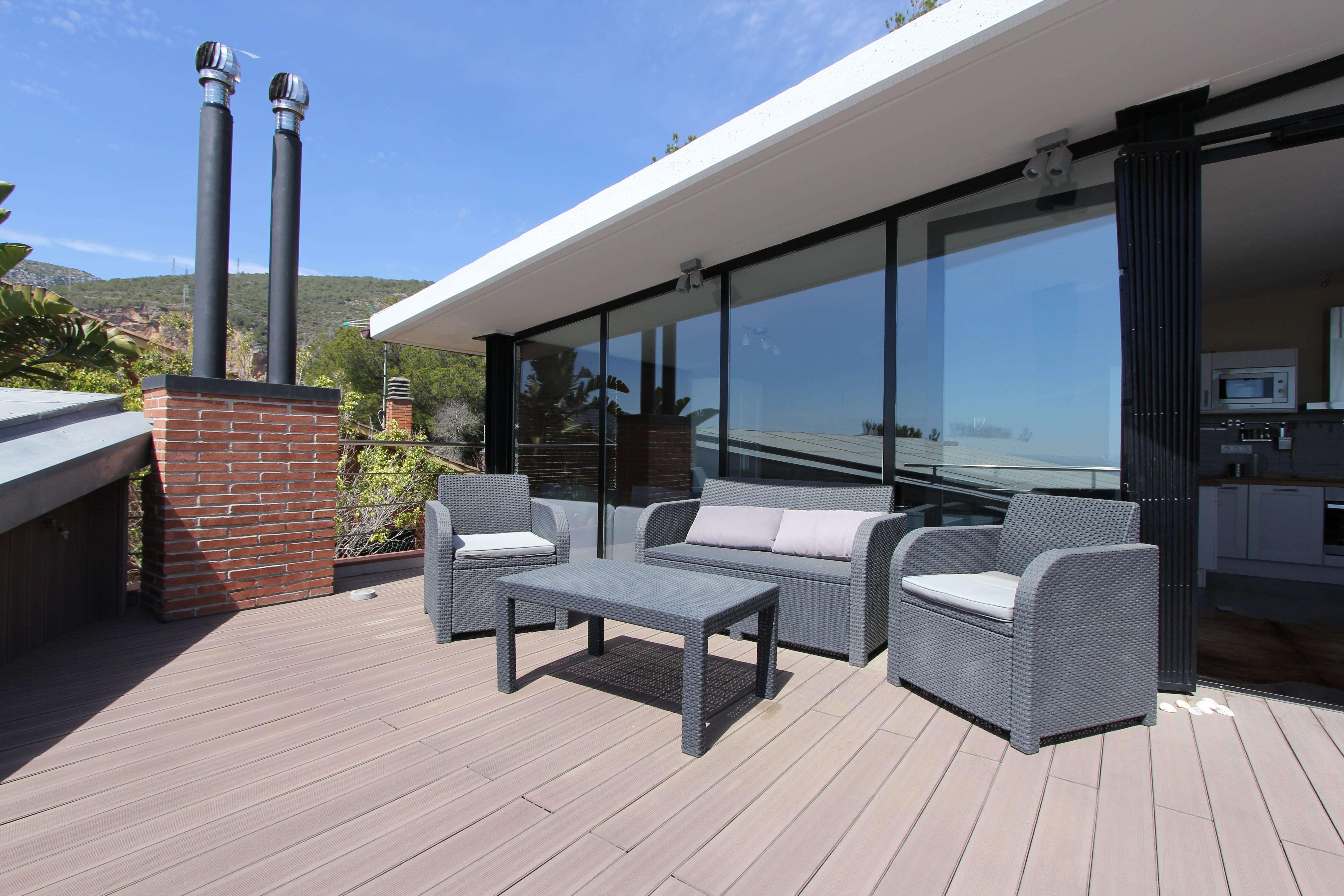 Moderno duplex con terraza grande