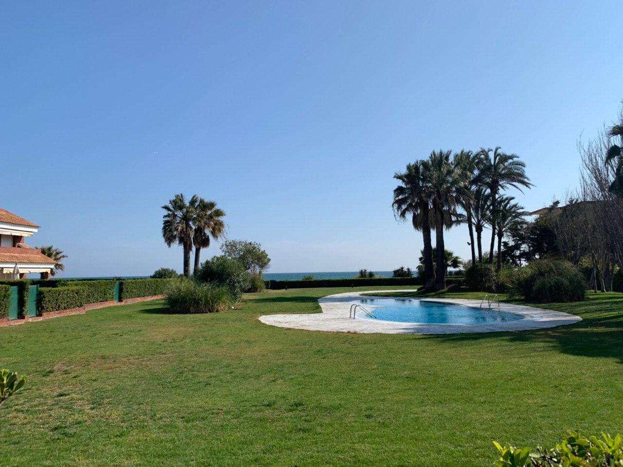 Casa adosada con vistas al mar, Gava Mar
